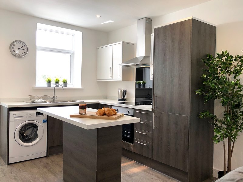 A modern home in the heart of the Rhondda Valleys – semesterbostad i Hengoed