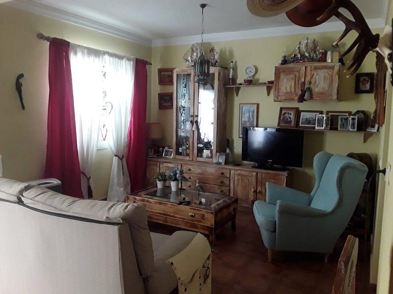 Spacious house near the beach, holiday rental in Lebrija