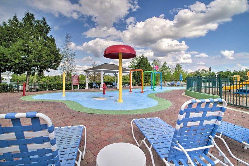 ¡Salpícalo en el parque acuático infantil!