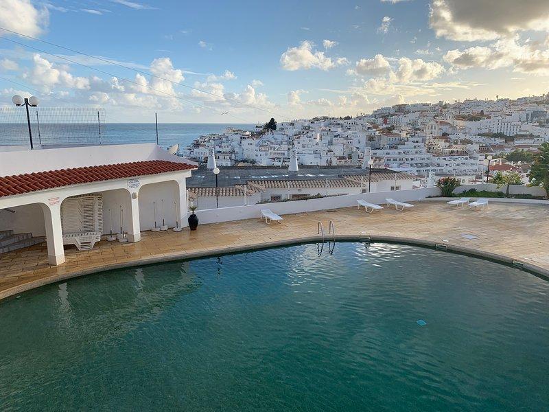 Vista sulla piscina e sull'Atlantico