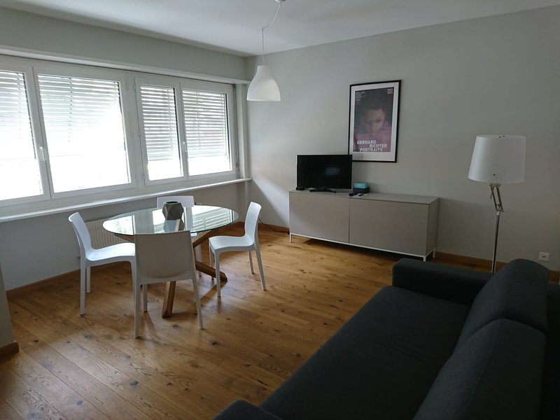 Fidanza 2 in center of Brissago, vacation rental in Brissago