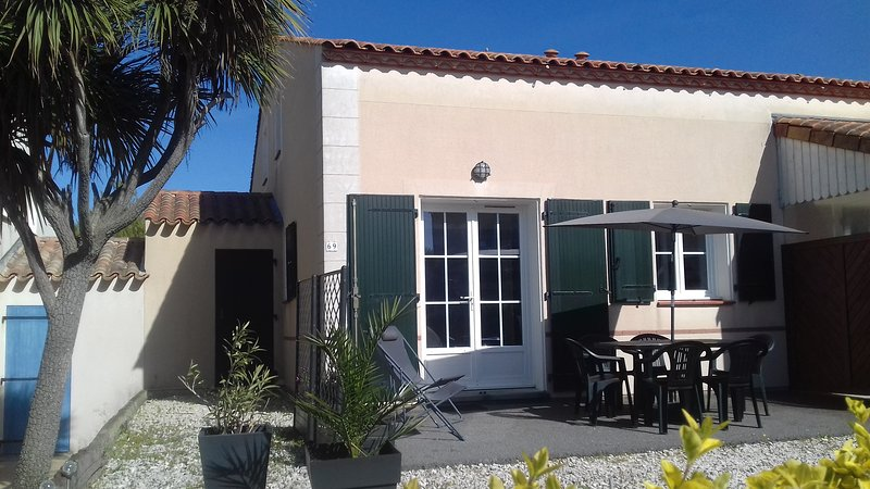 Maison 2 chambres accès piscine, alquiler de vacaciones en Les Sables-d'Olonne