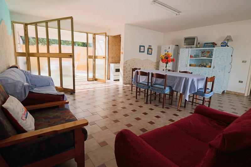 Muci holiday home in Porto Cesareo, holiday rental in Salmenta