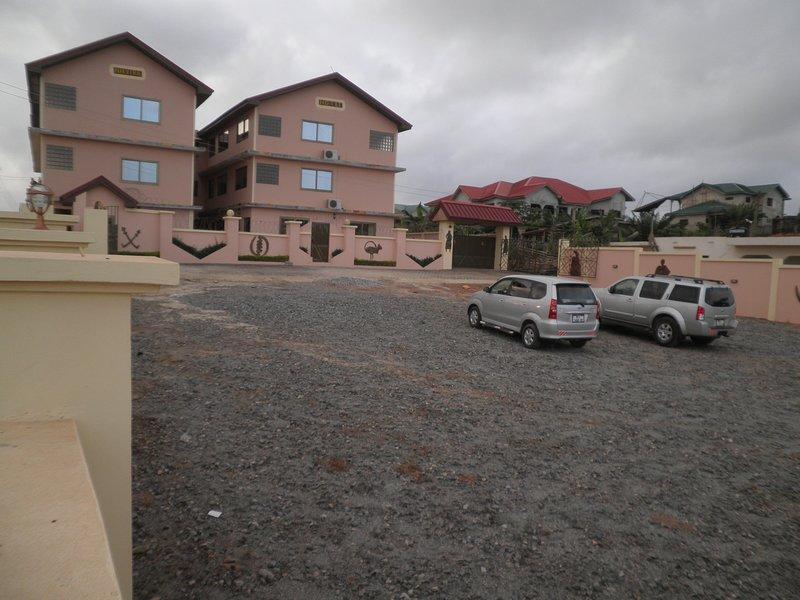 Nhyira Hotel, holiday rental in Sekondi-Takoradi