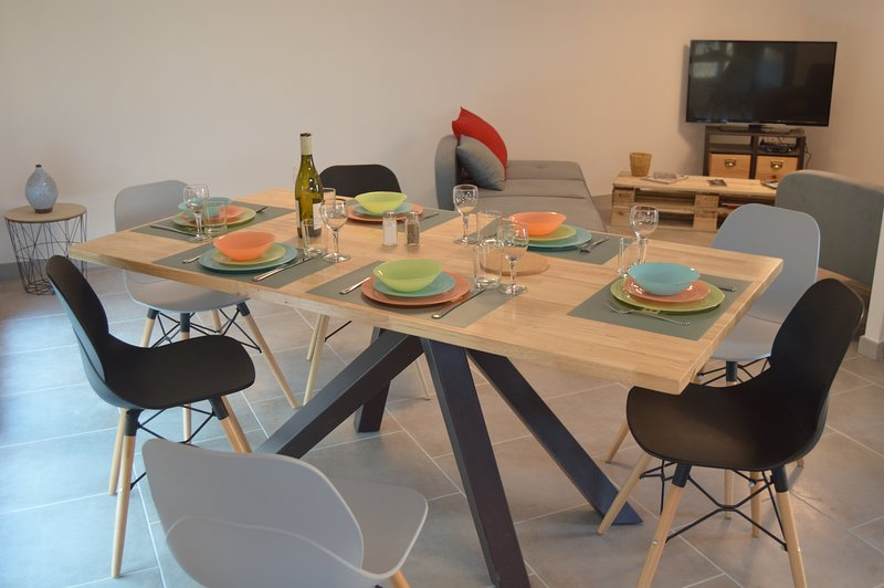 Rent of the night by the week, furnished with tourism 3 *, in Châteauneuf du Pape