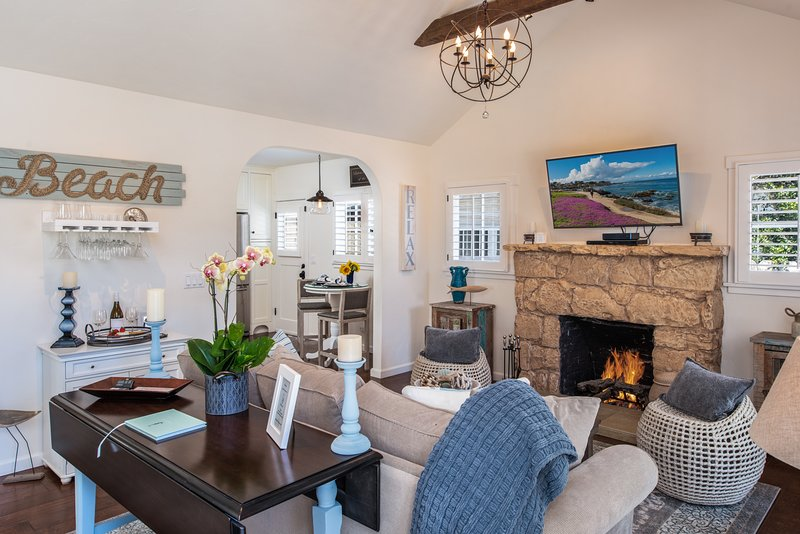 3747 Bungalow by-the-Sea-  ~