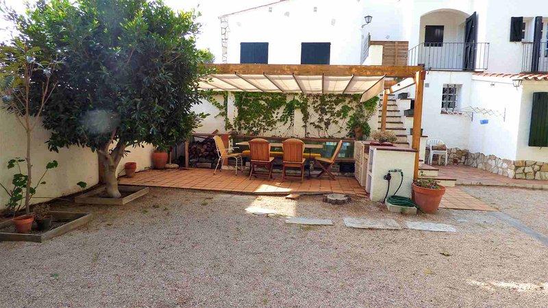 Barbacoa y jardín