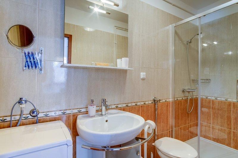 A2 (4 + 1): baño con inodoro