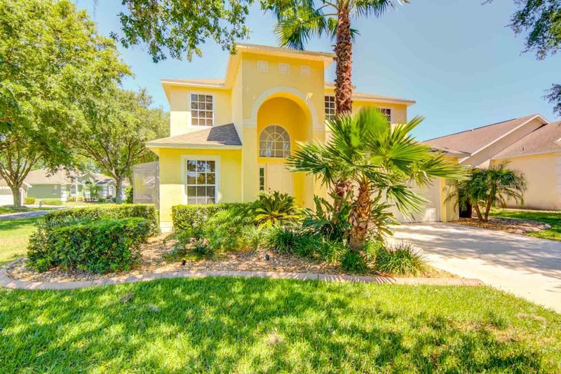 Charming Southern Dunes Home Pool/Spa!, Ferienwohnung in Auburndale