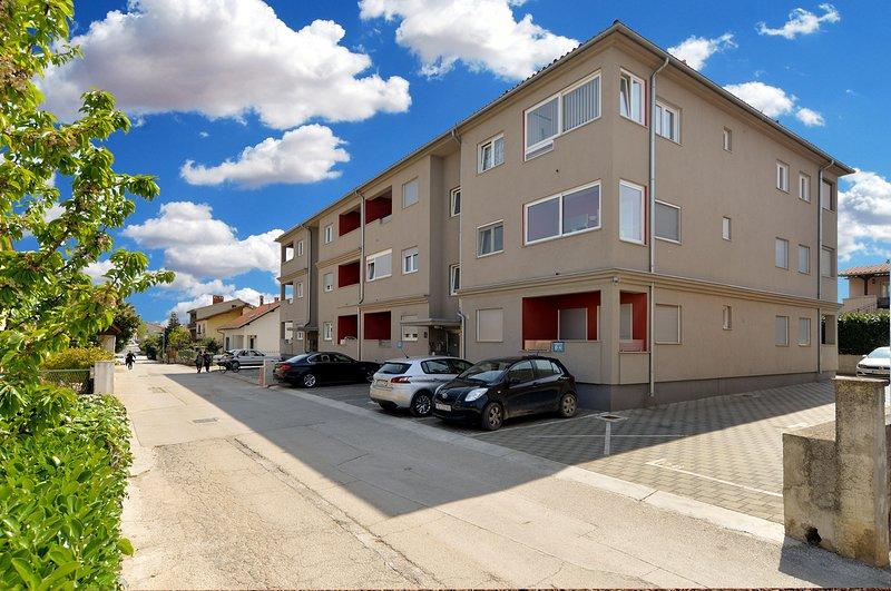 Apartment 22171, holiday rental in Vintijan