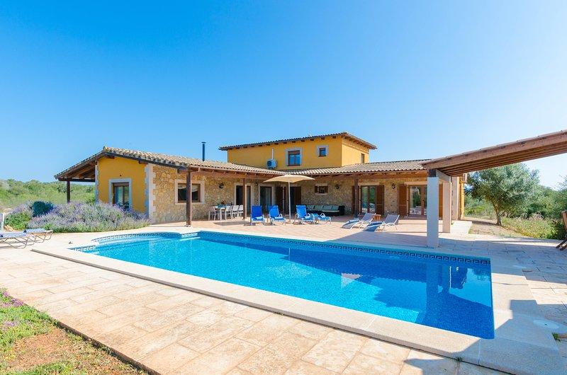 VILLA LORENA - Villa for 8 people in Ses Salines, casa vacanza a Ses Salines