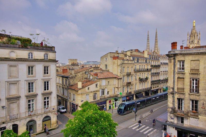 La Suite, holiday rental in Bordeaux