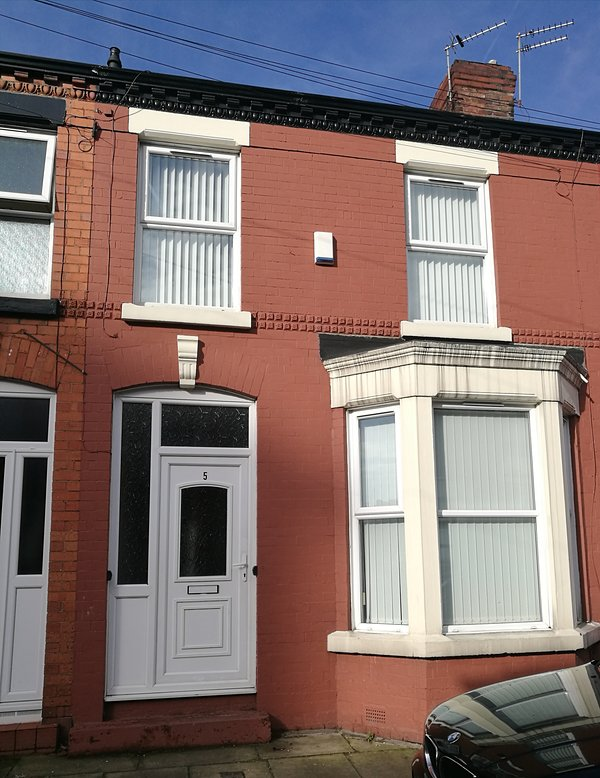 The house is a traditional, brick built terrace.  Parking is freely available on the street.