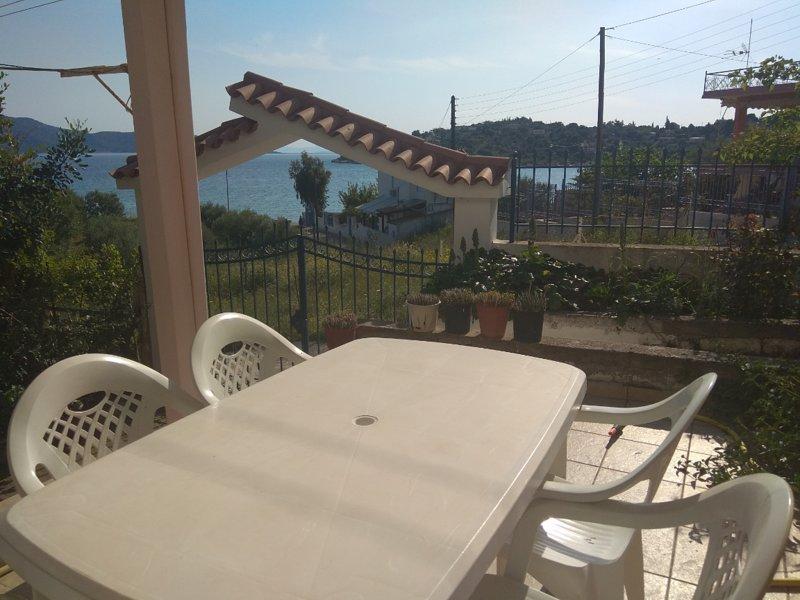 ILIAKTI RELAXING SEASIDE, holiday rental in Porto Germeno