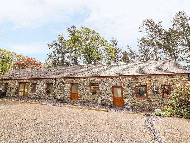 THE DAIRY, pet friendly, luxury holiday cottage, with hot tub in Llandysul, Ref, vacation rental in Llandysul