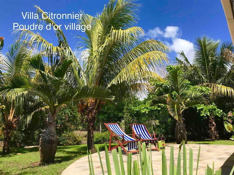 'Villa Citronnier' au coeur de Poudre d'or, petit village de pêcheur, holiday rental in Mauritius