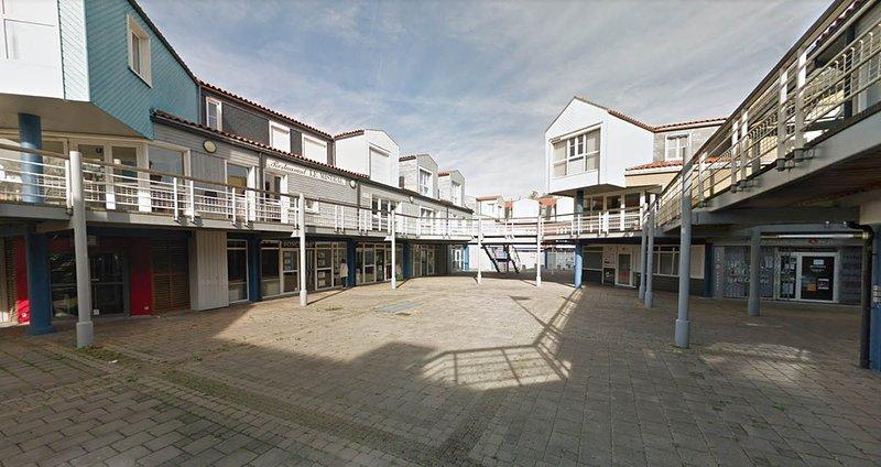 Location vacance agréable T2 à la Rochelle -Vieux Port - centre ville - Le Gabut, vacation rental in La Rochelle