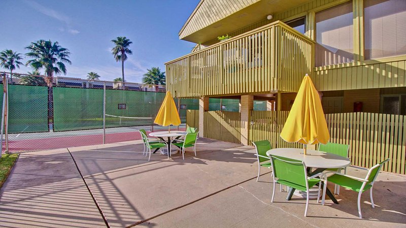 Sedia, mobili, parco giochi, area giochi, tavolo da pranzo