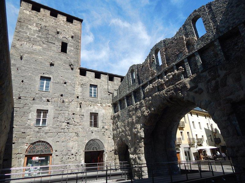 APPARTAMENTO da PAOLO Aosta Praetoria, location de vacances à Gignod