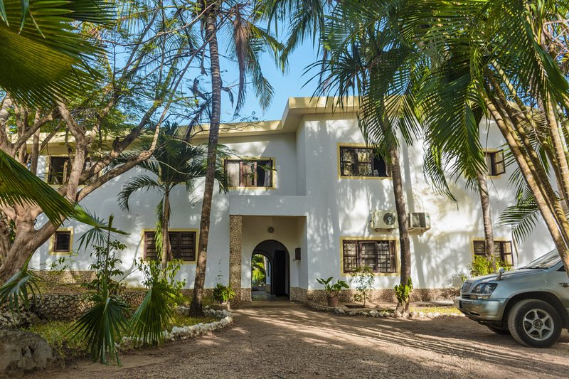 Palm Beach Manor, holiday rental in Diani Beach