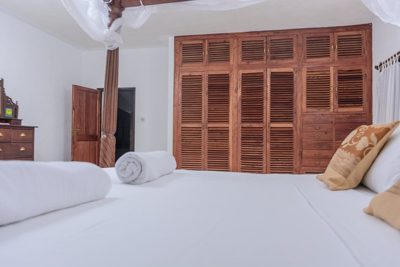 Palm Beach Manor (Riziki Deuxe), vacation rental in Gazi