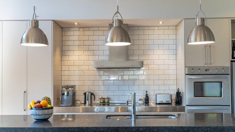 Rilascio Wanaka - Galloway Terrace, grande cucina moderna