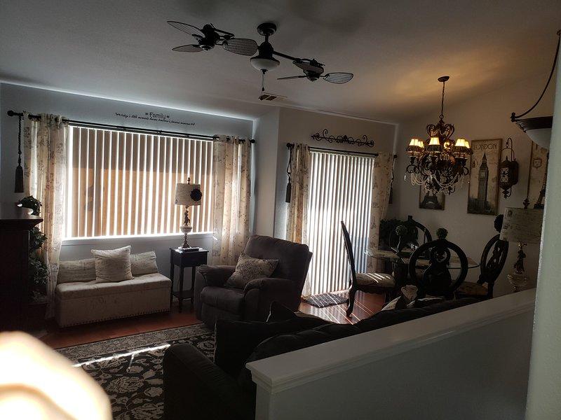 614 Airpark-Main Living Area (upstairs) - 614 Air Park Drive Vacation Rental