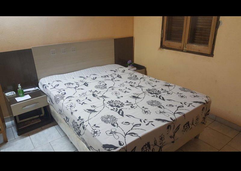 CONFORTABLE Y MODENA HABITACION-COMFORTABLE AND MODERN ROOM, alquiler de vacaciones en Paraguay