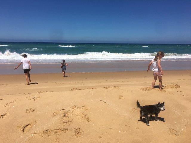 La maravillosa y prístina playa de 90 millas.