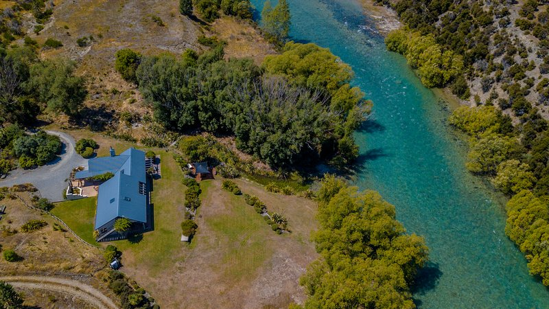 Release Wanaka - The River House, set on the Hawea River this holiday rental home sleeps 10 guests.