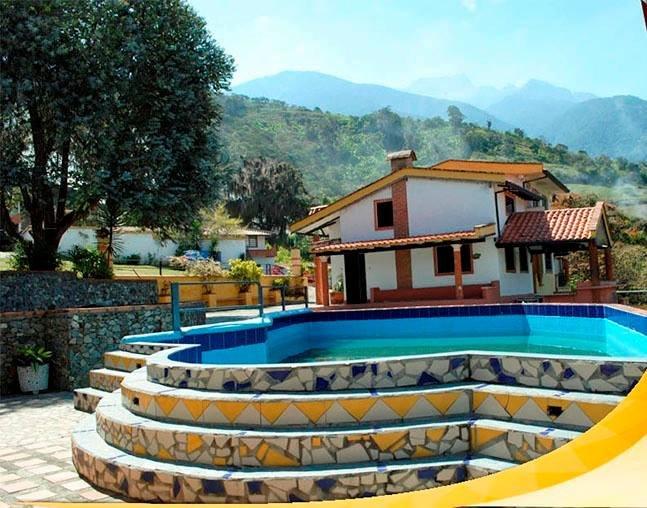 ALQUILO HERMOSAS CABAÑAS PARA TURISTAS EN MÉRIDA, aluguéis de temporada em Venezuela