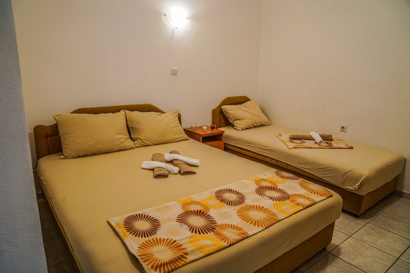 Studio is equipped with double and one single bed