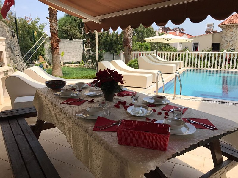 VİLLA FANTASTİC, holiday rental in Beycik