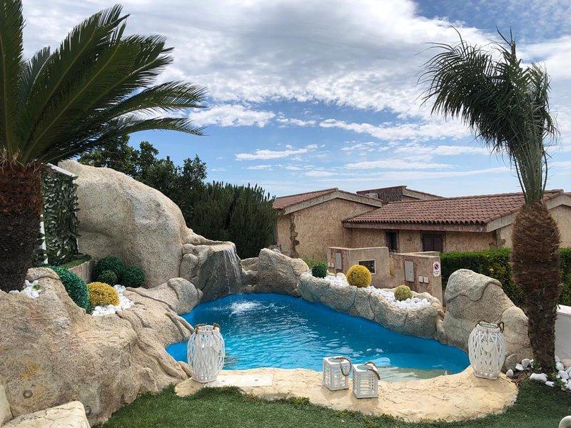 Nice villa with swimming-pool, holiday rental in Porto Tramatzu