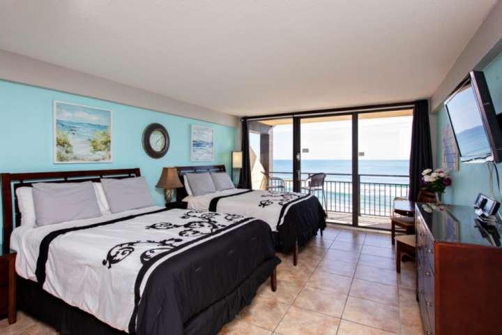 Top Floor Direct OceanFront Updated Unit at Hawaiian Inn w/ 2 Queen Beds, Privat, casa vacanza a South Daytona