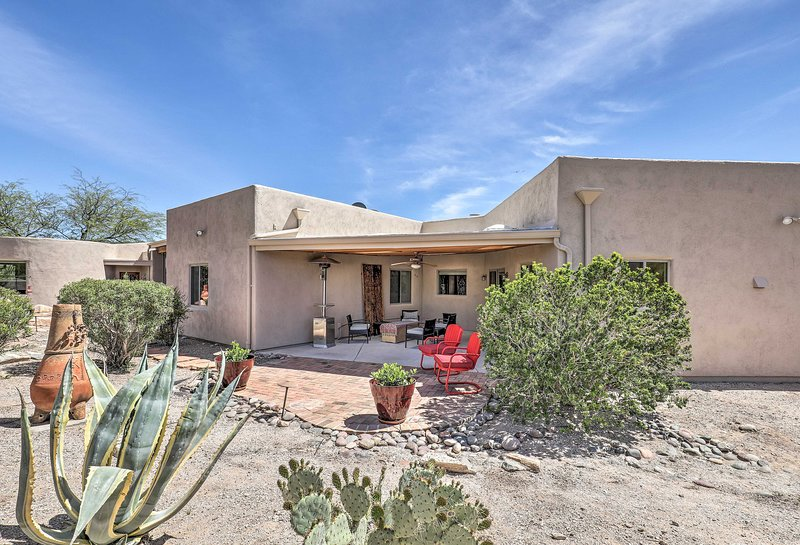 Tucson Home w/Covered Patio Near Outdoor Adventure, holiday rental in Catalina Foothills