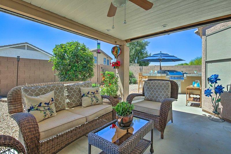 Reserve su escapada en el área de Phoenix a esta hermosa casa de 3 camas y 2 baños.