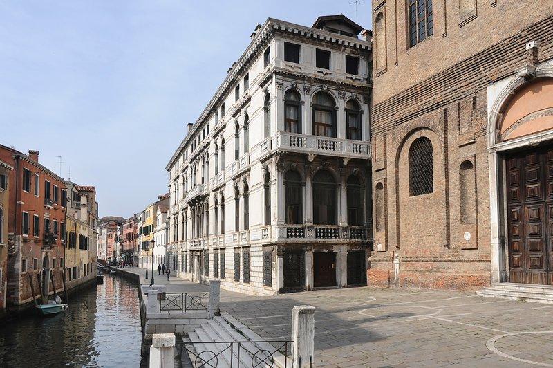 Palazzo Lezze (XVIIth century)