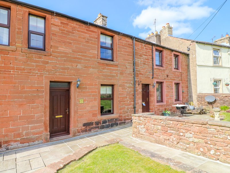 2 STATION VIEW, WiFi, parking, near Appleby-in-Westmorland, casa vacanza a Long Marton