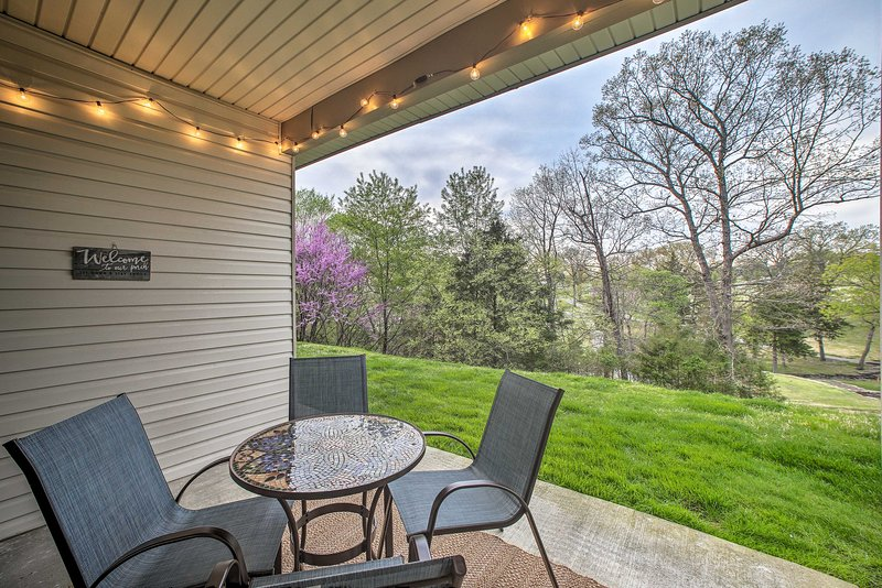 This vacation rental features a private location on a golf course.