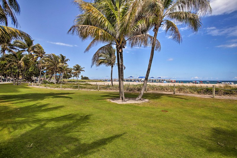 You'll have easy access to beaches and the Pompano Beach Pier.