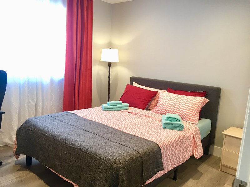 Relaxing room to call your own, holiday rental in San Fernando