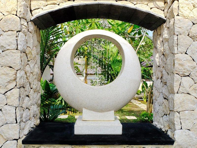 ARTORIA Villas Bali Entrance Fountain