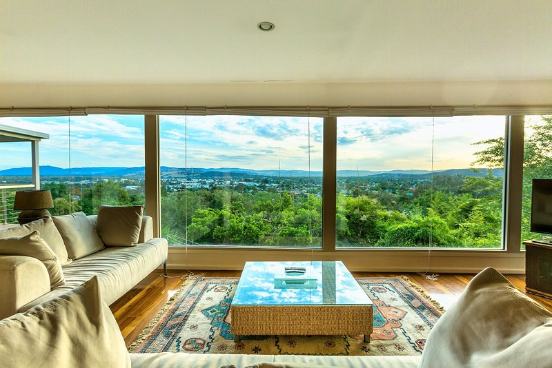 Magnificent views of Albury, snowy mountains, Netflix, Pets, holiday rental in Barnawartha