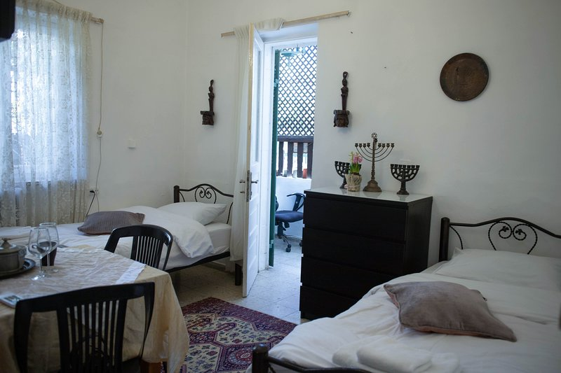 Tzefania Apartments 107, holiday rental in Binyamin Region