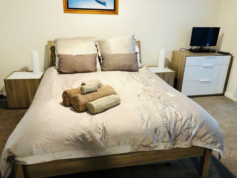 Cómoda cama de matrimonio