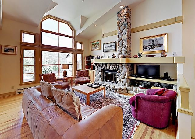 Ski In/Ski Out! Beaver Creek Townhouse, Near World-Class Slopes, location de vacances à Beaver Creek