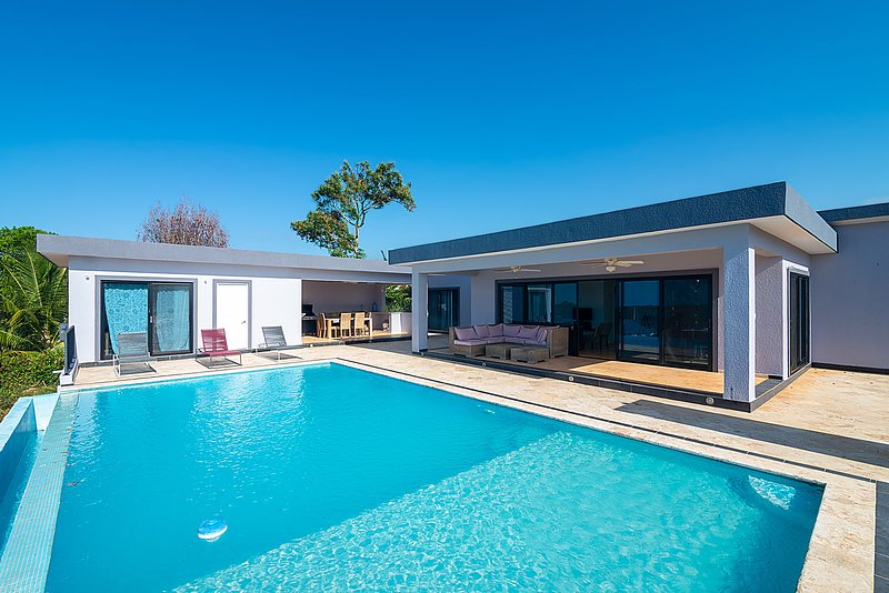 Beautiful 4 bedroom Luxury Villa!, alquiler de vacaciones en República Dominicana