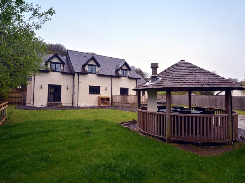 Stunning detached residence right by the sea at Oxwich