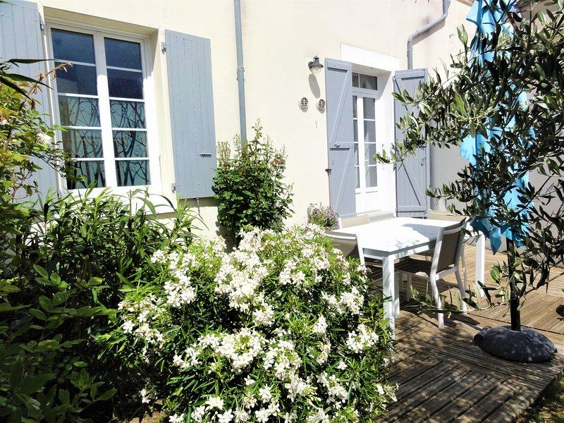 Le logis de la Sicarde vous ouvre ses portes, casa vacanza a Saint-Denis d'Oleron